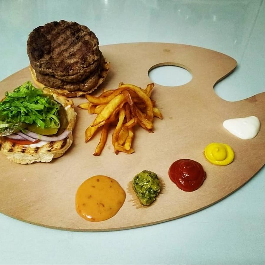 לאכול ובגדול - המבורגר